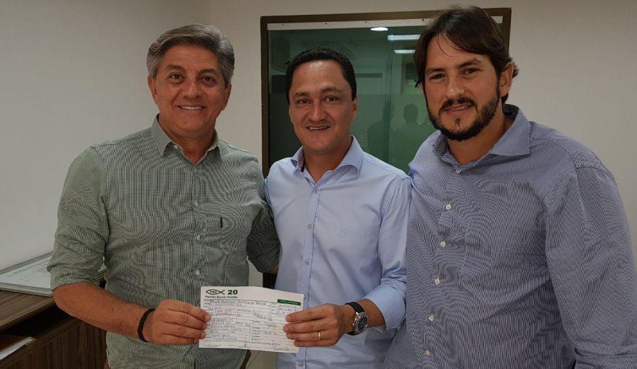 Roberto Asfora assinou sua ficha de filiação ao PSC