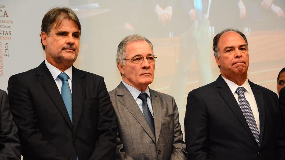 Raul e Fernando Bezerra enfrentam disputa no TJPE, comandado por Leonardo Raposo
