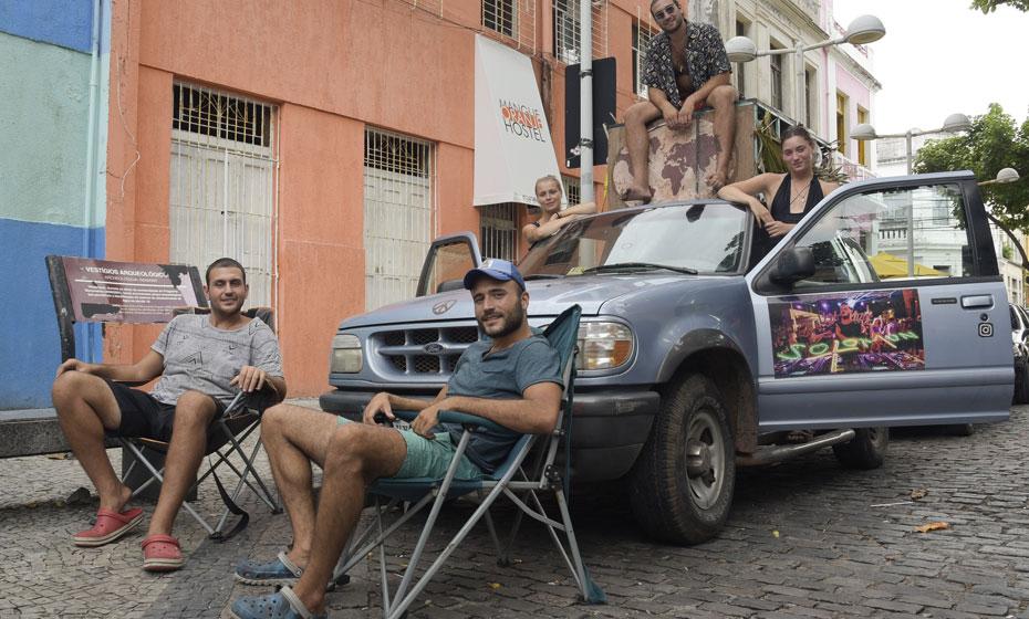 Grupo 2thefreedom viaja de carro pelo Brasil