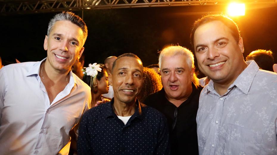 Paulo Câmara, Lupércio, Felipe Carreras e Augusto Coutinho curtiram o Carnaval de Olinda