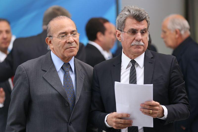 Eliseu Padilha ao lado de Romero Jucá