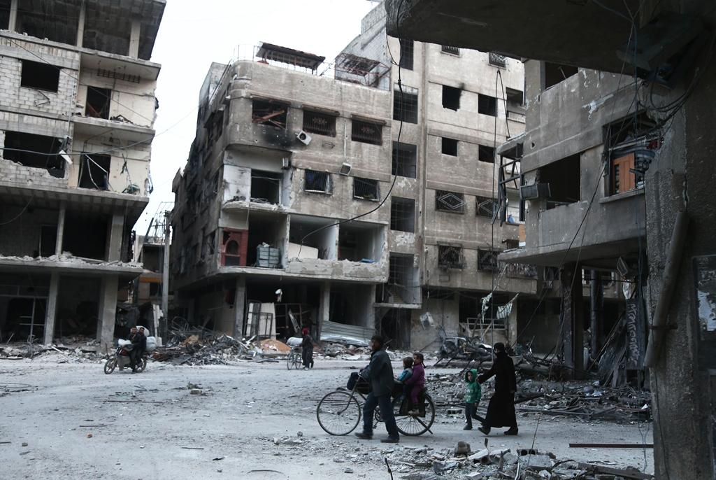 Ataques continuam em reduto rebelde na Síria