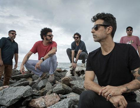 Álbum da banda pernambucana chega às plataformas digitais