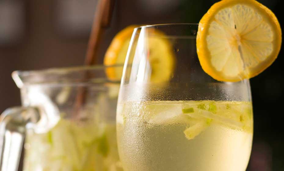 Vinho verde dá leveza à receita de coquetel tradicional