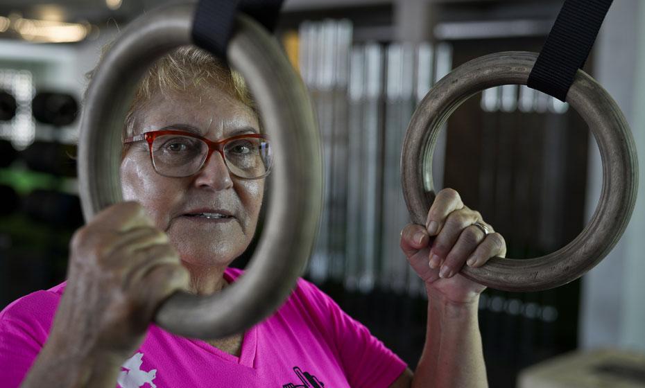 Lizete Rebordinho tem 69 anos e pratica crossfit
