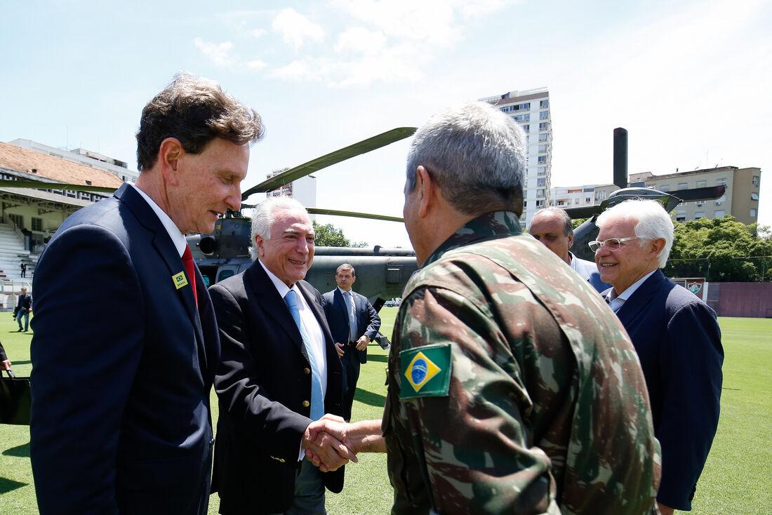 Michel Temer na na Base Aérea do Galeão para tratar de intervenção no Rio de Janeiro