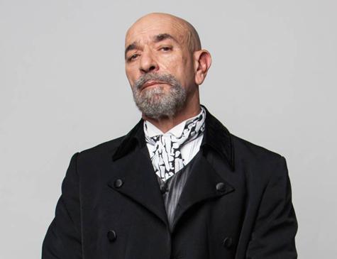 Luiz Guilherme é Adolfo em 'Carinha de Anjo'