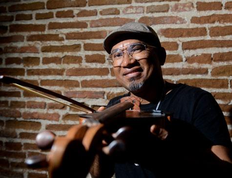 Artista canta a voz de um Brasil que luta por um País melhor