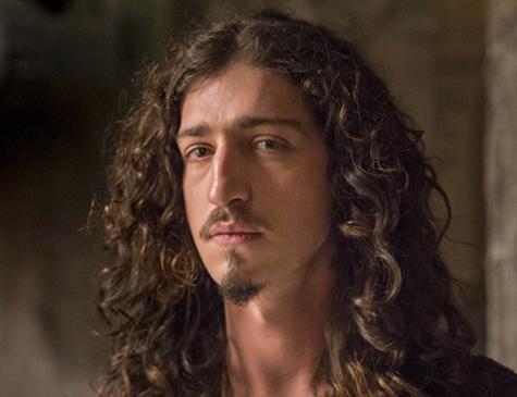 Jhonny Massaro é Rodolfo em 'Deus Salve o Rei'