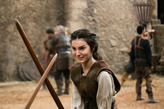 Marina Moschen é Selena em 'Deus Salve o Rei'
