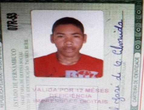 Segundo a polícia, Salatiel José de Oliveira Almeida tem participação no crime e está foragido