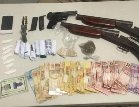 Drogas e armas apreendidas em Igarassu