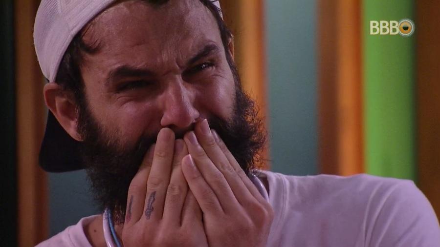 Wagner chora com mensagem no almoço do anjo
