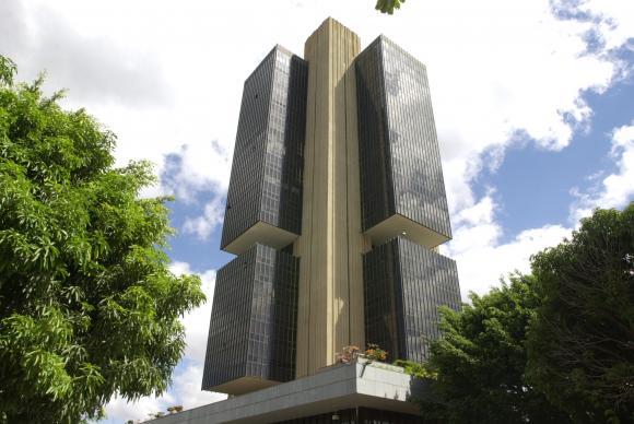Banco Central divulga semanalmente projeções do mercado financeiro para a inflação e para a taxa Selic