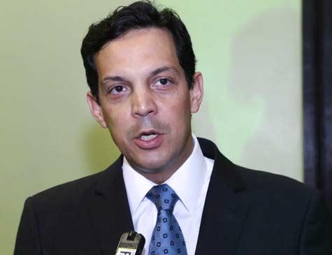 Carlos Neves, advogado