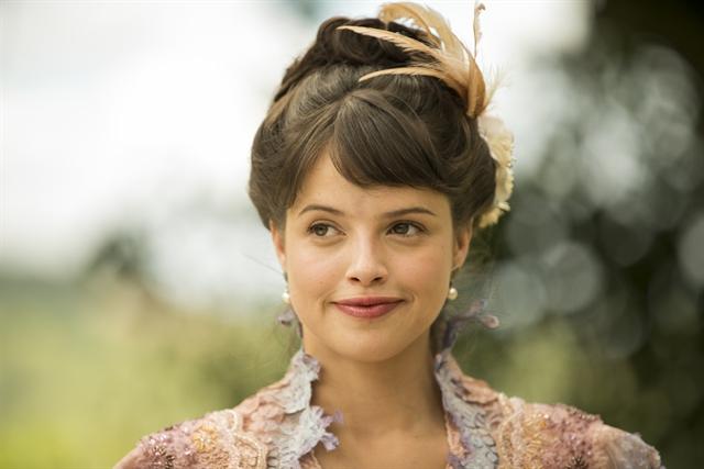Agatha Moreira é Ema em 'Orgulho e Paixão'