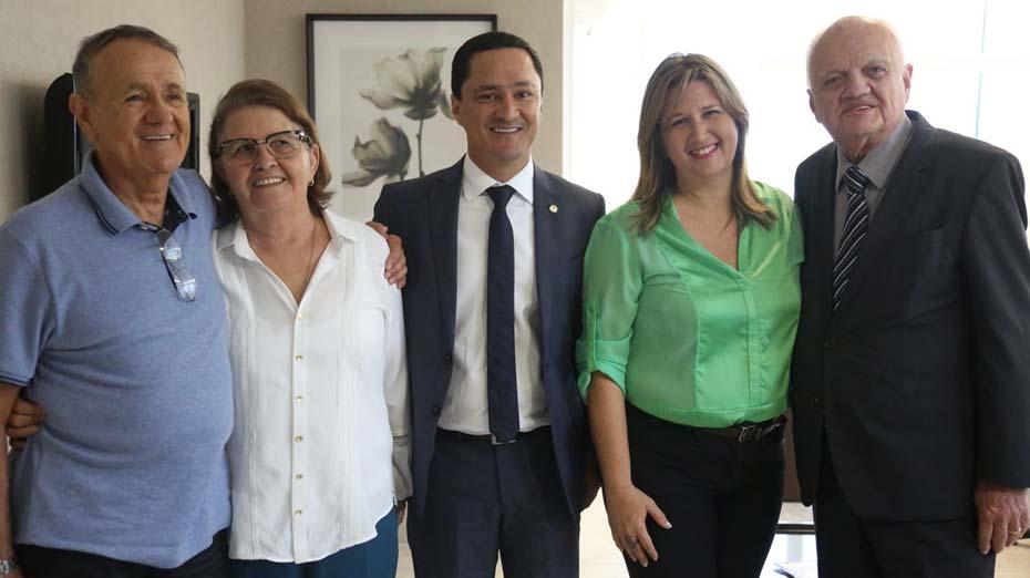 Izabel Urquiza assinou sua filiação ao PSC