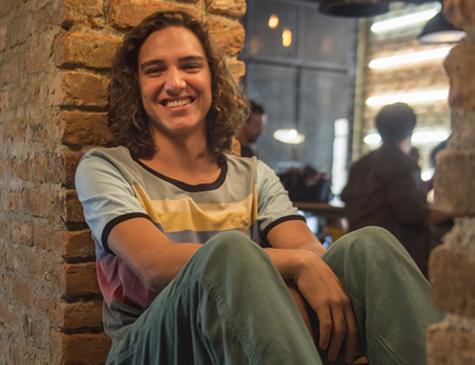 Tom Karabachian é Tito em 'Malhação: Vidas Brasileiras'