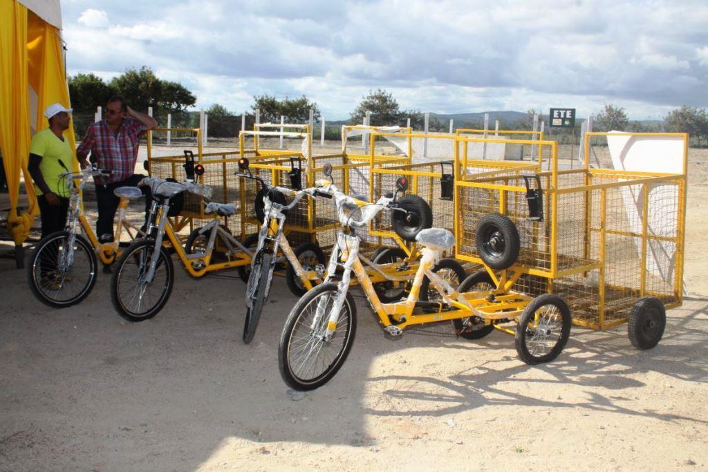 Recicletas, bicicletas que auxiliam na coleta de materiais e otimizam o trabalho dos catadores