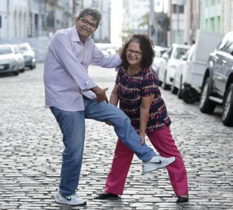 Jota Ferreira, autor do texto, e Marise Rodrigues, gerente da Rádio Folha 96.7 FM