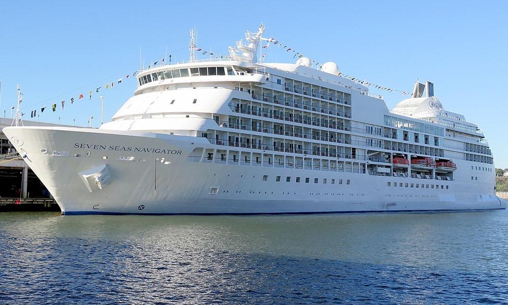 Grupo de convidados vai conhecer o navio atracado no Porto do Recife