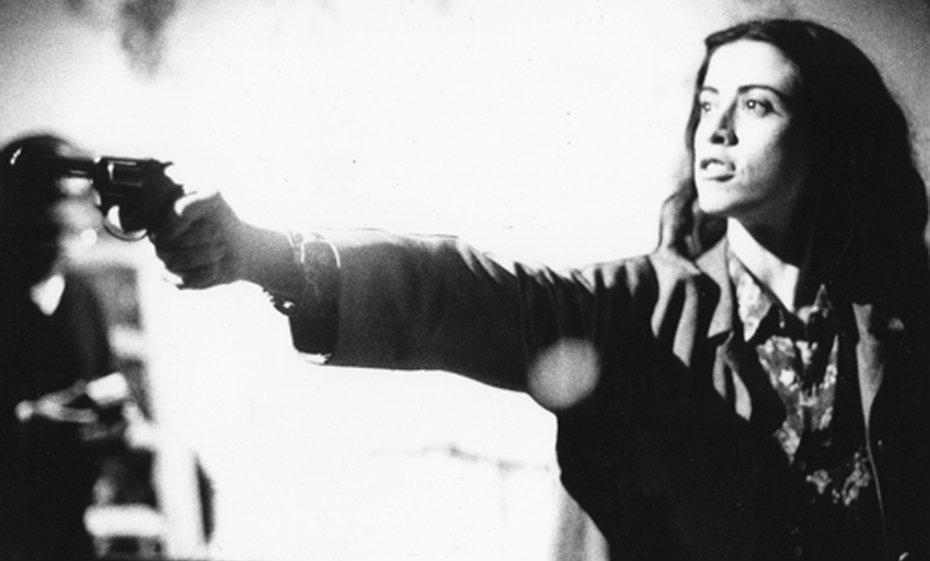 """Cena do filme """"Terra estrangeira"""" (1995), de Walter Salles"""