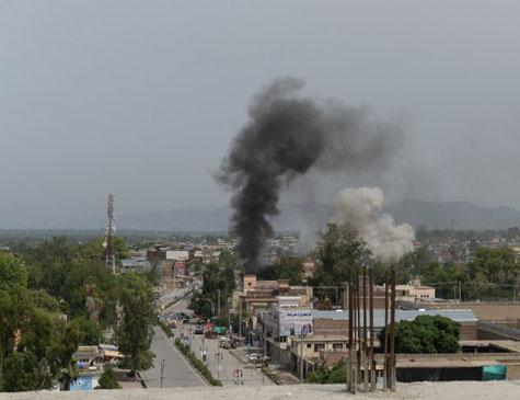 No Afeganistão, cidade de Jalalabad sofre ataque do Estado Islâmico