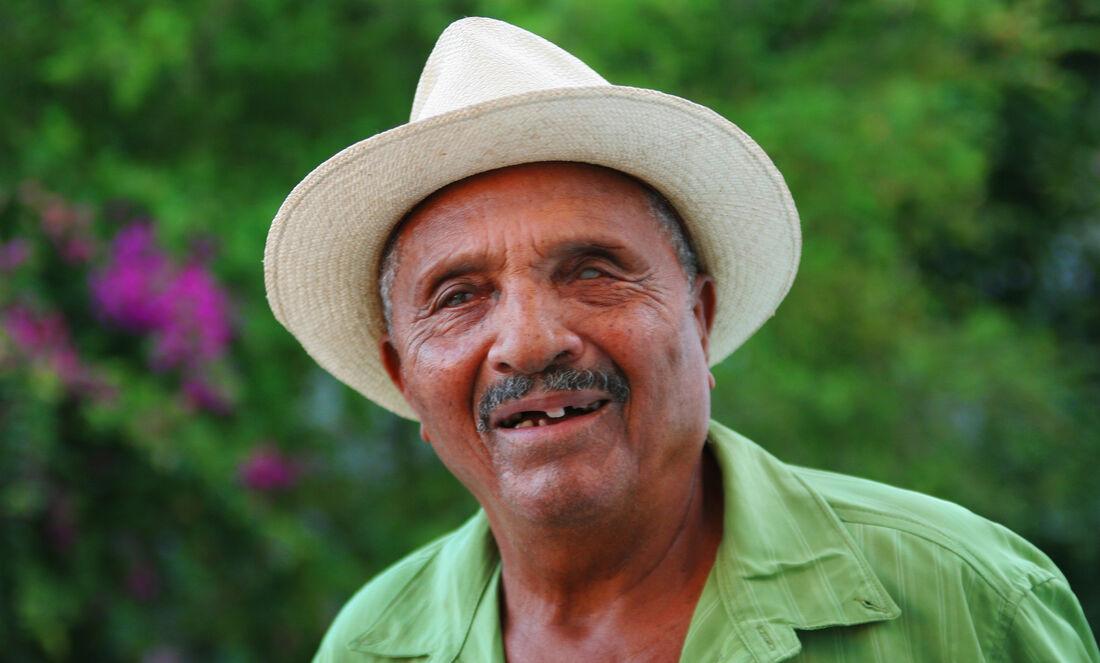 Biu Roque era conhecido por sua voz incomum e musicalidade incomparável