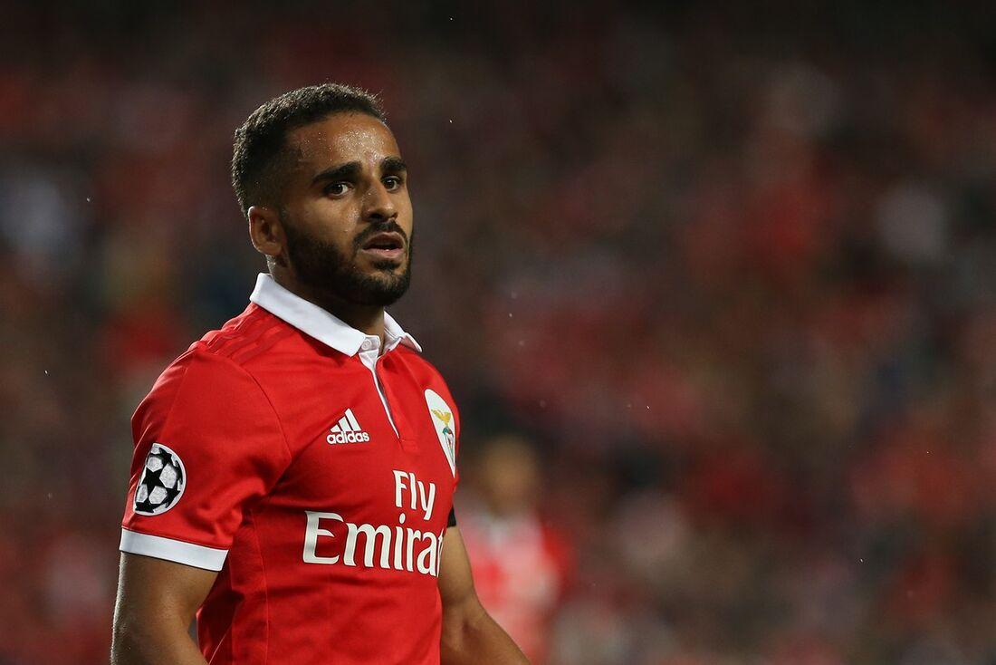 Douglas defendeu o Benfica nesta temporada, mas pertence ao Barcelona
