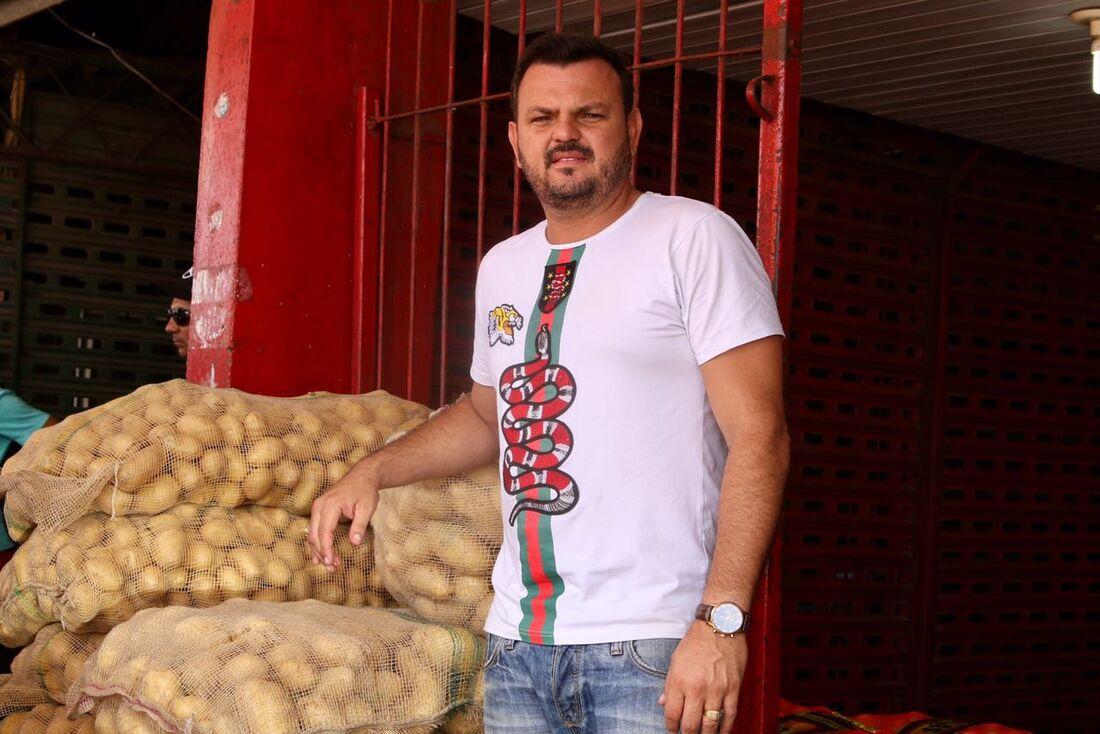 Comerciante Xinxa Goes, conhecido como Xinxa da Cebola