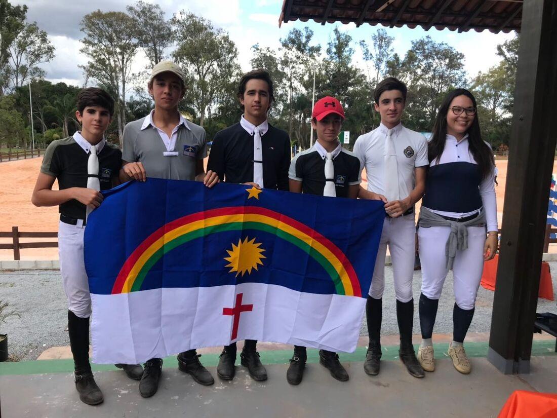 Cavaleiros pernambucanos na Copa JK de Hipismo