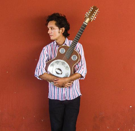 Hugo Linns, músico