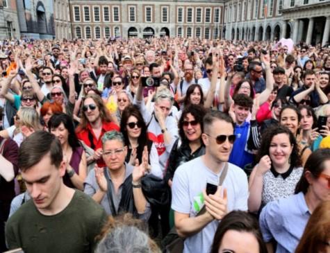 Irlanda vota a favor da legalização do aborto