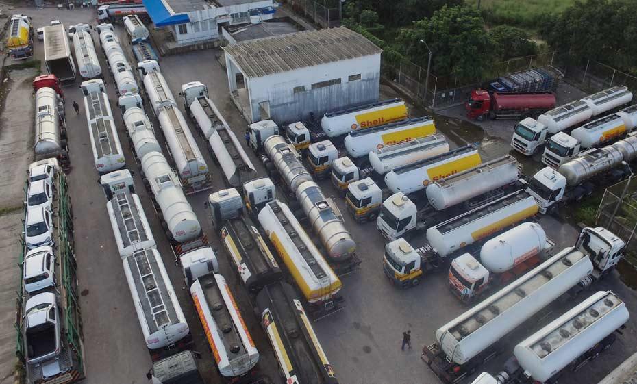 Caminhões de combustível