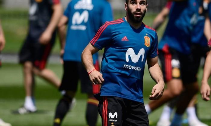 Carvajal voltou a treinar com o elenco espanhol
