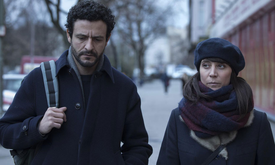 """""""Les Distàncies"""", dirigido por Elena Trapé, traz o tema da imigração dos jovens catalães à raiz da crise"""