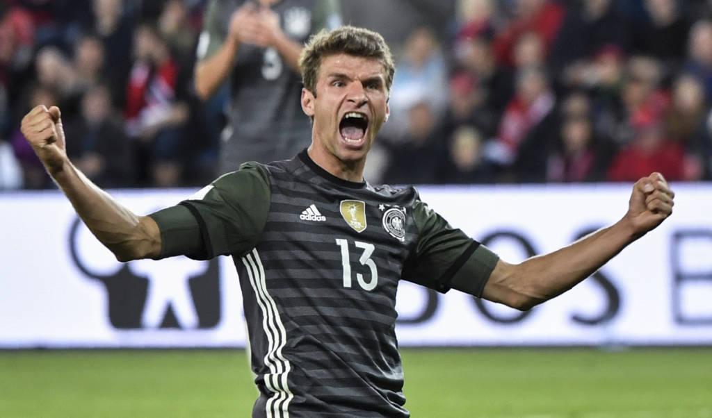Müller busca o compatriota Miroslav Klose em número de gols