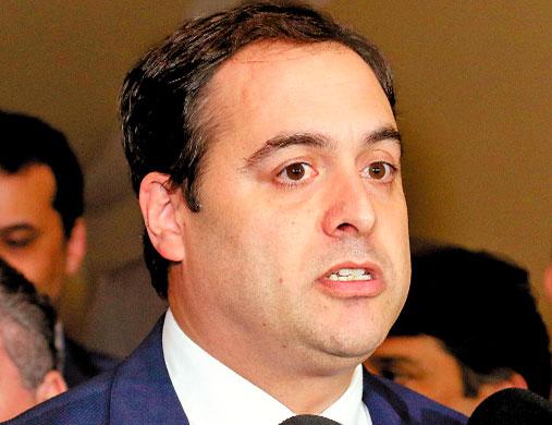 Paulo Câmara visitou o São João de várias cidades