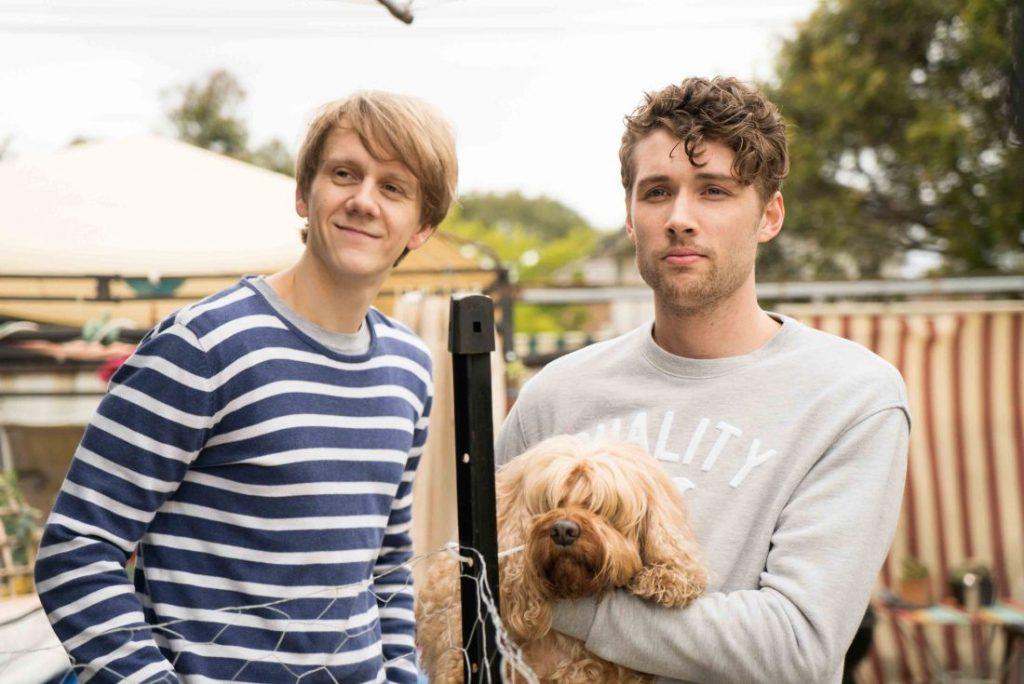 'Please, Like Me' é um drama-comédia australiano com três temporadas no catálogo da Netflix