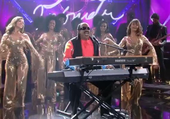 Mumuzinho interpretou Stevie Wonder no Show dos Famosos