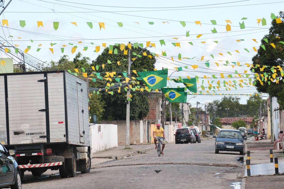 Clima de Copa ainda não contagiou brasileiros