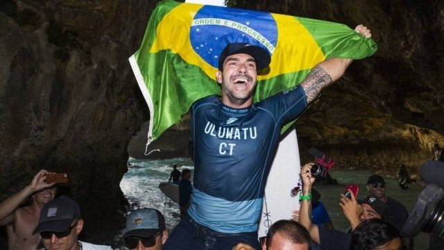 Willian Cardoso venceu etapa de Uluwatu em estreia no WCT