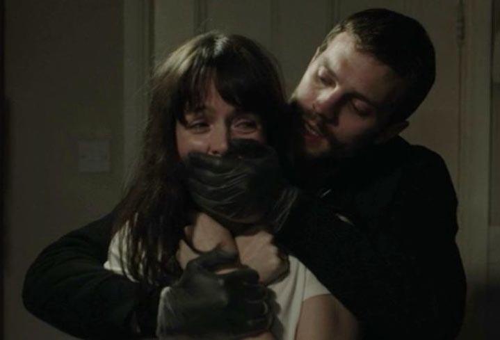 Jamie Dornan, conhecido como Christian Grey em '50 Tons de Cinza', interpreta um serial killer na série 'The Fall'