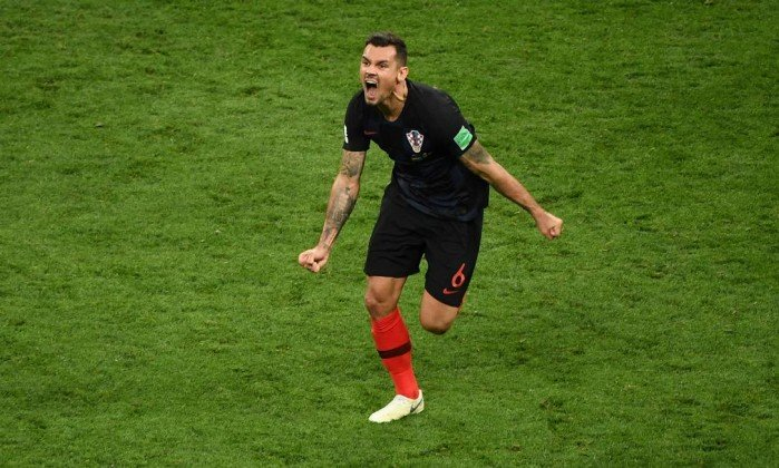 Lovren comemora classificação contra Inglaterra