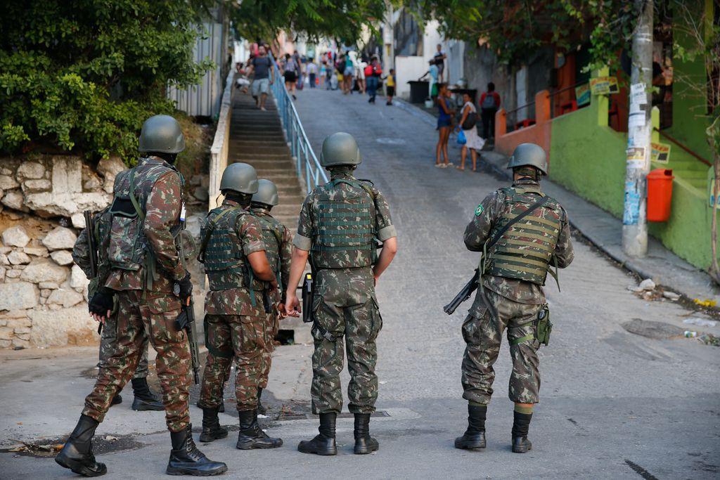 Operação das Forças Armadas em comunidades do Rio de Janeiro