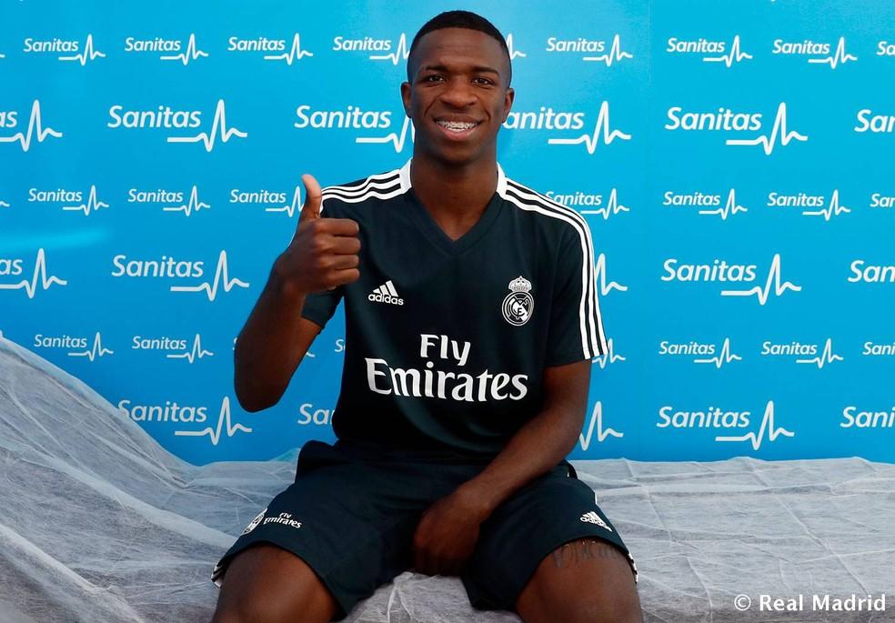 Vinicius Junior passou pelos primeiros exames médicos no Real Madrid