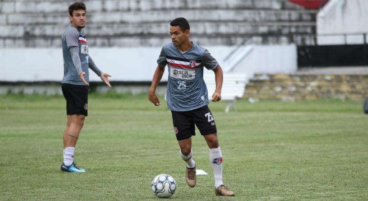 Jailson se transferiu para o Cuiabá, mas retornou ao Santa