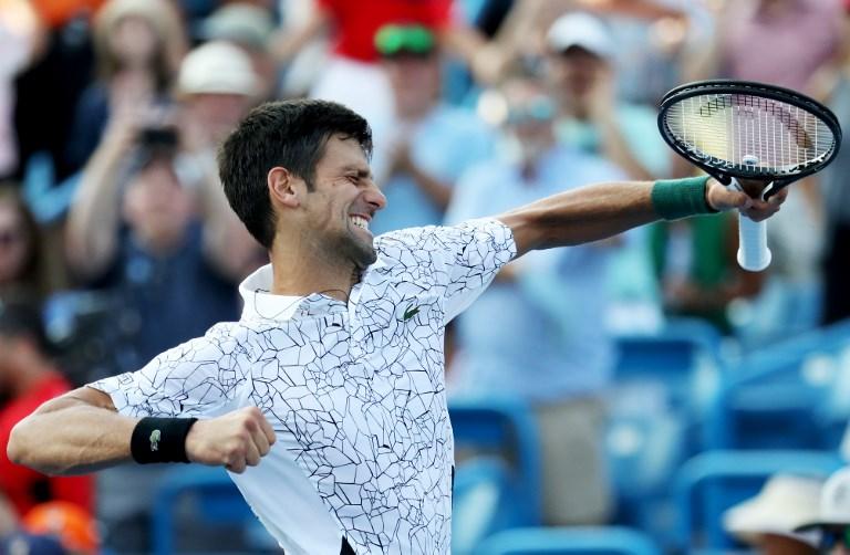 Djokovic vibra com o título sobre Federer