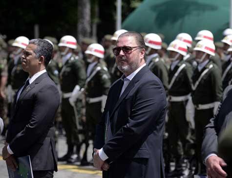 Eduardo Queiroz Monteiro recebeu homenagem
