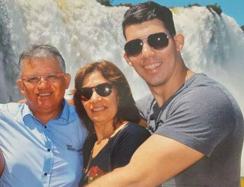 Esposa e filho mais velho do médico Denirson Paes foram acusados do assassinato